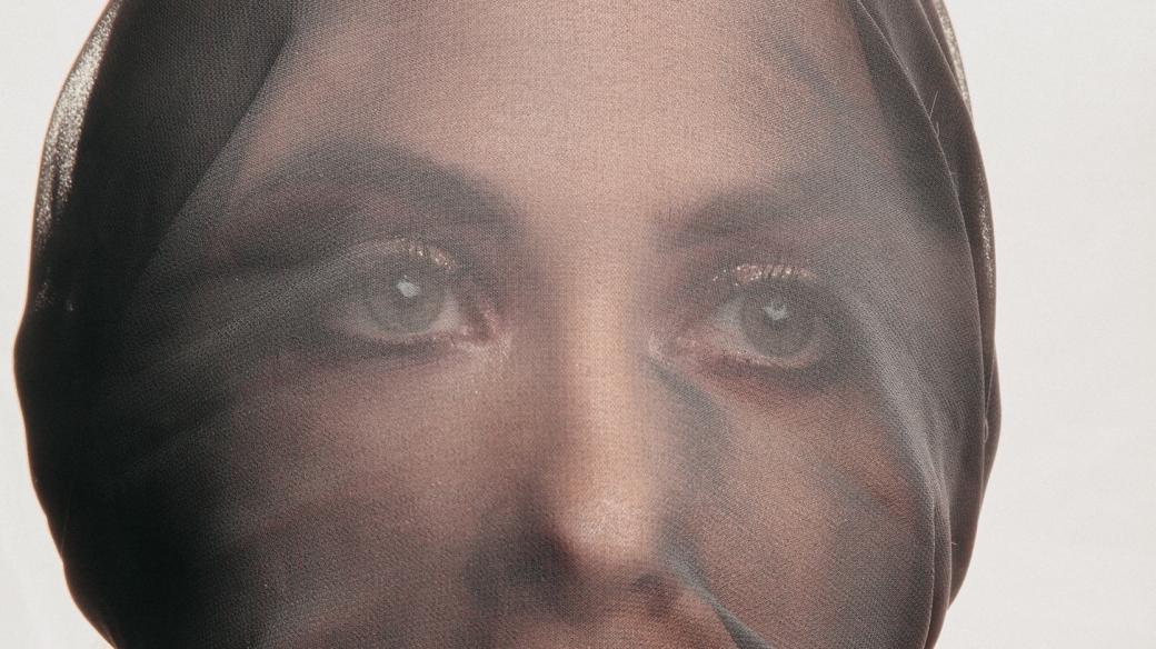 casual-close-up-eyes-1698938